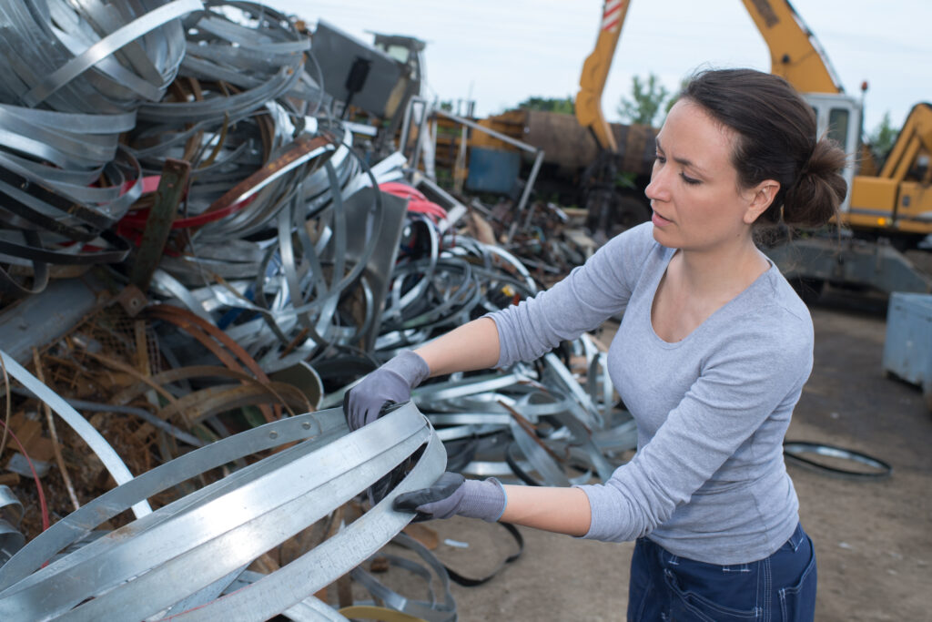 where to sell scrap metal near me in houston texas.