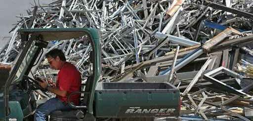 Hiring A Metal Processing Expert To Handle The Scrap Metal